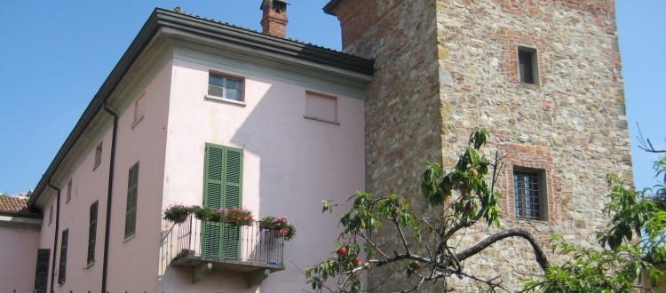 Il Palazzo dei Malvicini Fontana oggi sede di Podere Casale